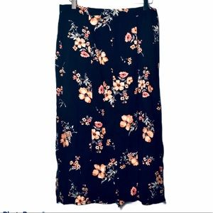 DIVIDED by H&M floral skirt buttons black peach 8